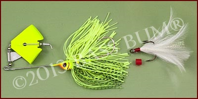 Buzzbait with Treble Hook Trailer